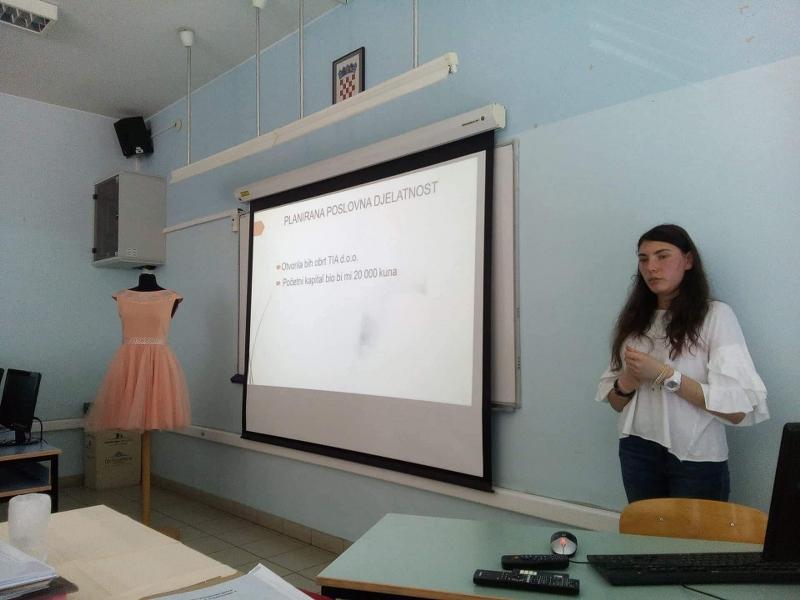 Lara Bobek _ prezentacija_800x600